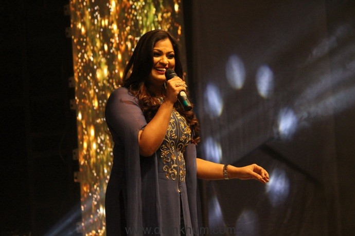 HITS OF RICHA SHARMA AT INDIAN IDOL 9, A TRIBUTE TO THE SINGER