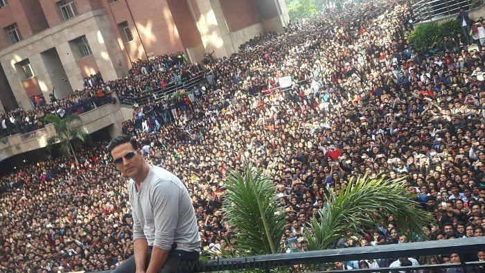 Akshay Kumar at amity university promotion of the film Jolly llb 2