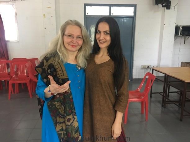 Elli AvrRam & mom Marina Granlund-