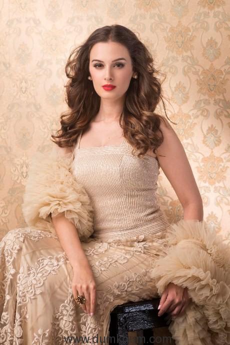 Evelyn Sharma - Pic 8
