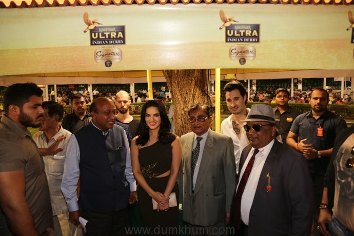 Sunny-Leone-at-the-Kingfisher-Ultra-Pre-Derby-Celebration