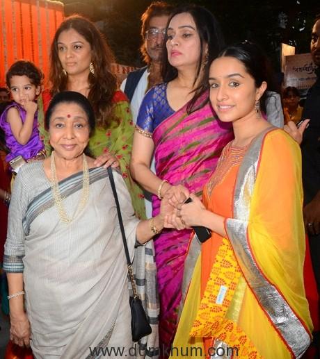 Asha Bhosle and Shraddha Kapoor