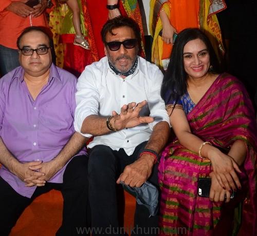Raj Kumar Santoshi, Jackie Shroff and Padmini Kolhapure