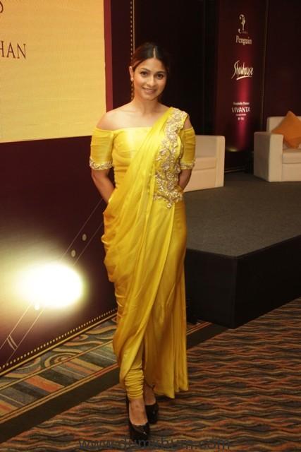 Ravishing Tanisha Mukherjee-