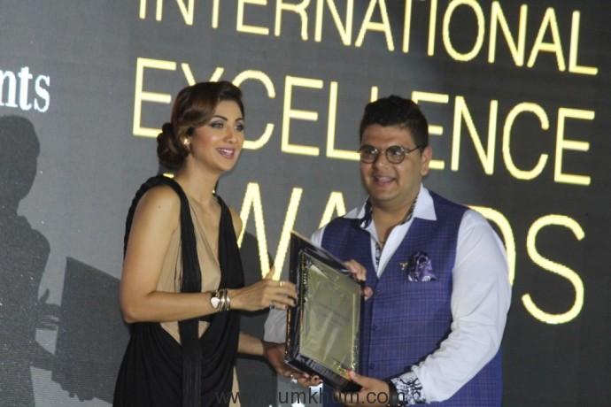 Sushein Goklaney's Skratch Received Best DJ Academy in North India 2017 Award by Shilpa Shetty Kundra