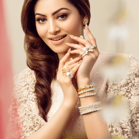 Urvashi Rautela  becomes most beautiful women in the universe according TC Candler Poll