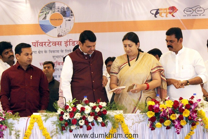 30 per cent subsidy for upgradation of power loom sector - Smriti Irani-