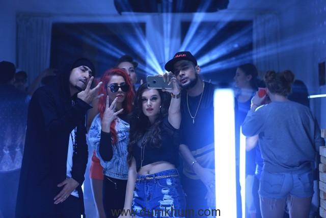 Dr Zeus, Jasmine Sandlas, Evelyn Sharma, Ikka-Party Non Stop (1) - Copy