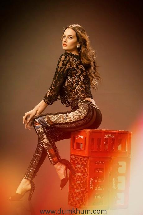 Evelyn Sharma - Pic 28