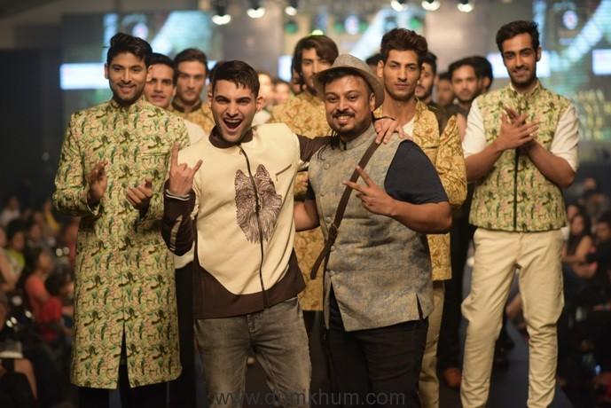 Desginer Abhishek Dutta with showstopper Behram Siganporia