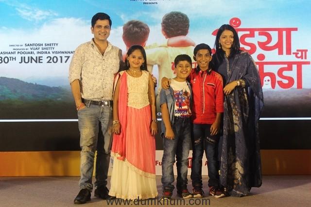 (L-R) Sushant Shelar, Mrunal Jadhav, Atharva Bedekar, Shubham Parab and Deepa Parab Chaudhari