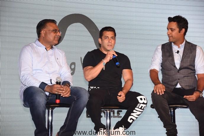 (L-R)Atul Gupta, CEO, Being Human E-Cycles , Salman Khan, Rehan Poncha, Olympian Swimmer and Arjuna Awardee