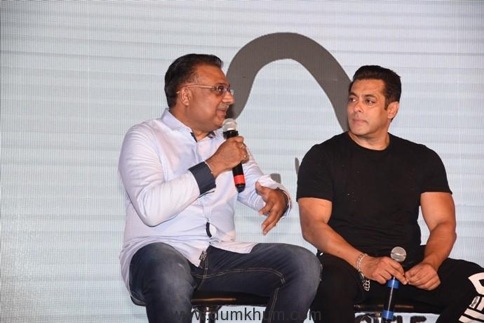 (L-R)Atul Gupta, CEO, Being Human E-Cycles and Salman Khan