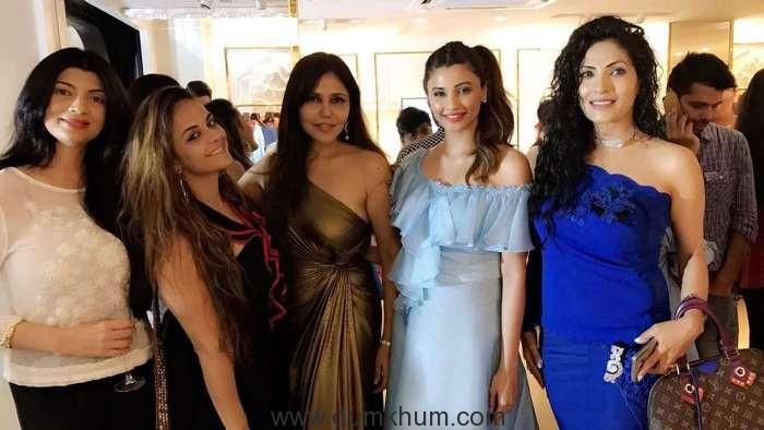 Mamta Raja, Jennifer Kotwal, Nisha JamVwal, Daisy Shah, Samreen Deenz Ahuja