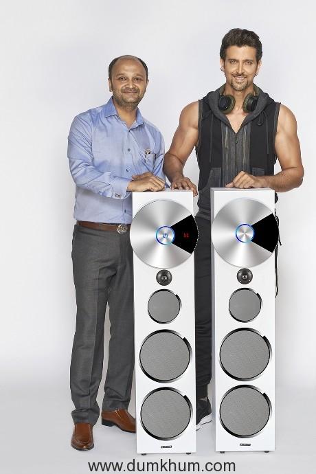 Mr Rajesh Doshi (Director of Zebronics) along with Superstar Hrithik Roshan (Brand Ambassador)