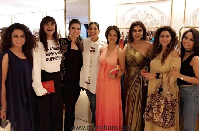 Sara Khan, Manasi Scott, Rebecca Dewan, Kubra Sait, Vidya Malvade, Nisha JamVwal, Tanaaz Irani, Vinny Arora Dhooper