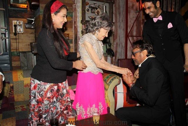 Sharbani Mukherji Tao Porchon Lynch and Jacky Shroff and Sandip Soparrkar