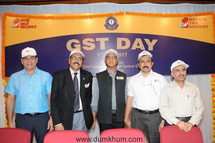 1. Devendra Singh(Chief Commissioner Zone 3), Piyush Patnaik(Former Commissioner Service Tax), S.C.Varshney(Chief Commissioner GST), John Joseph(Commissioner Navasheva), Rajeev Tandon (New Custom Hous