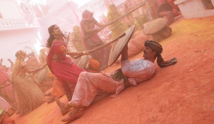 LatthMaar from Toilet: Ek Prem Katha song out