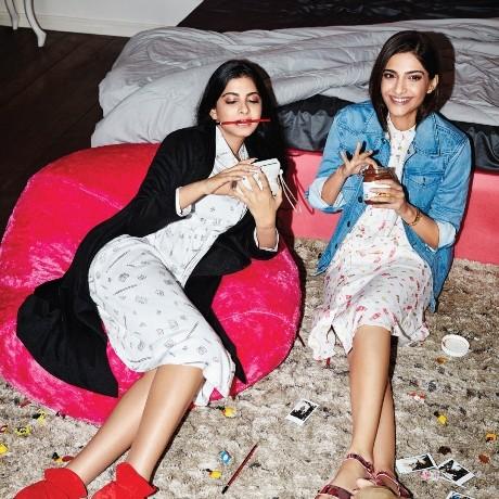 Sonam Kapoor & Rhea Kapoor's Rheson hits the streets of New York !