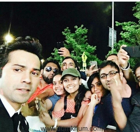 Varun Dhawan  obliged  and clicked  pictures  with   Fans  present at the  Fan  Walk Park in New York City