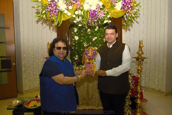 4. Bappi Lahiri with Devendra Fadnavis (Chief Minister of Maharashtra) unveiling Jai Ganesh Single by Bappi Lahiri