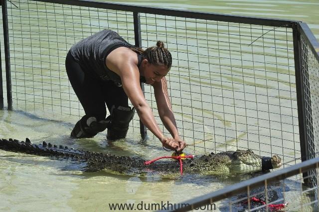 Khatron Ke Khiladi_Geeta Phogat in Crocodile Pit