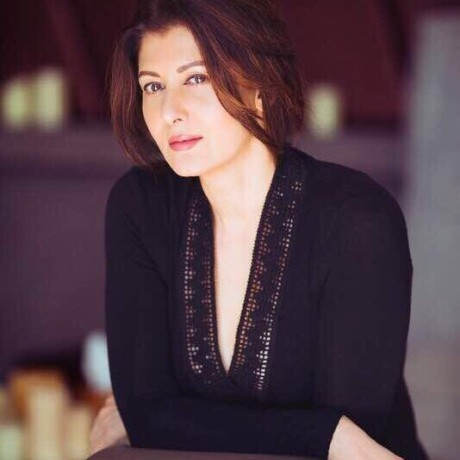 Sangeeta Bijlani stuns in five never-seen-before pictures!