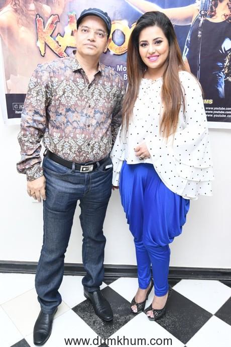 1. Champak Jain with Mouu Mukerrji (Singer, Performer)