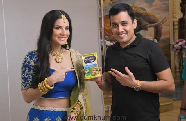 2. Sunny Leone and Puneet Sharma (1)