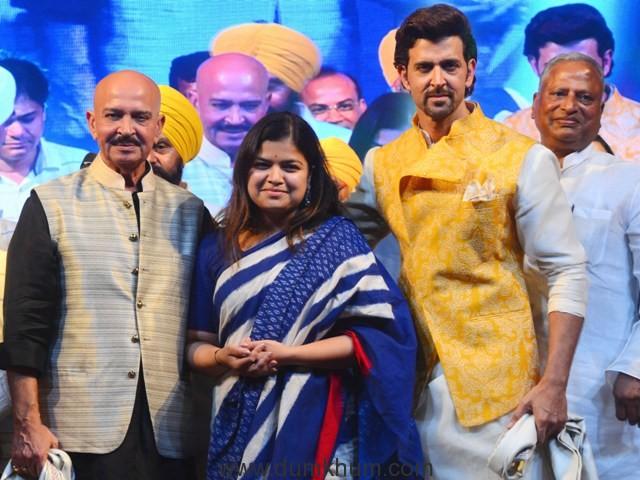 """L-R - Rakesh Roshan, Poonam Mahajan  and Hrithik Roshan at Basanti Chola Diwas"""" at Bhaidas Auditorium Mumbai on 28th September 2017"""