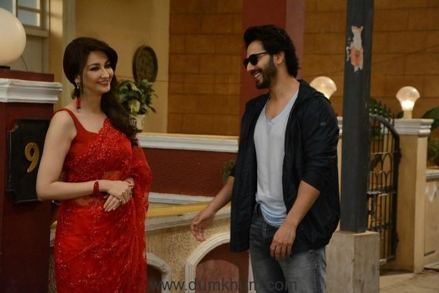Judwaa 2 Varun Dhawan on the sets of &TV's Bhabi Ji Ghar Par Hain (2)