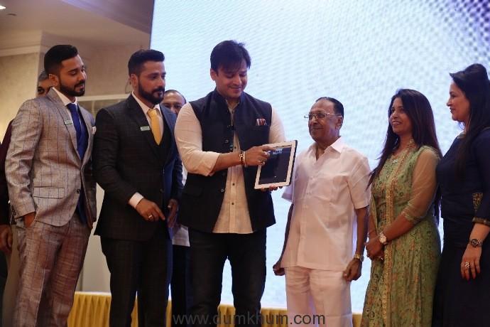 Vivek Oberoi launches a solar power franchise