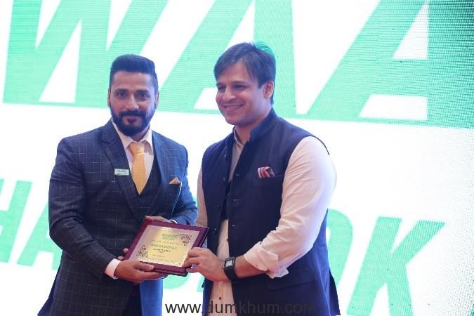 Vivek Oberoi launches a solar power franchise!