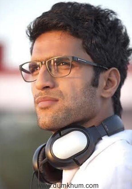 2 States Director Abhishek Varman directs Anushka Sharma and Virat Kohli for an ad...