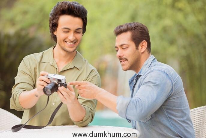 Aayush Sharma and Salman Khan 1