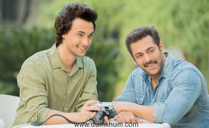 Salman Khan to launch Aayush Sharma with a love story