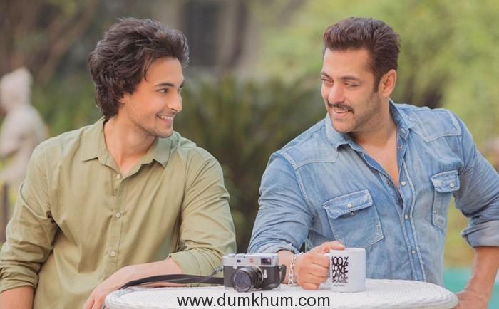 Aayush Sharma and Salman Khan 4