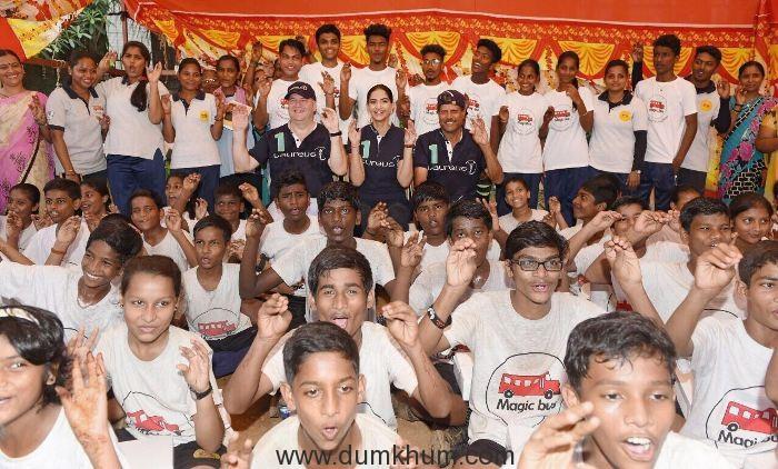 KAPIL DEV AND SONAM KAPOOR INSPIRE YOUNG PEOPLE AT MAGIC BUS