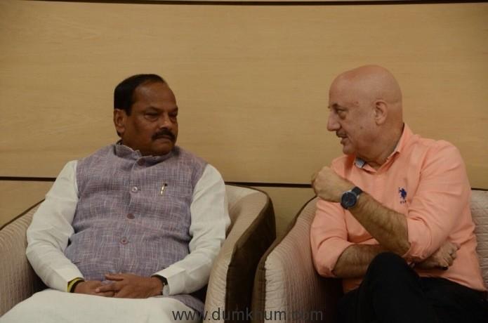 Mr. Raghubar Das, CM Jharkhand with Anupam Kher