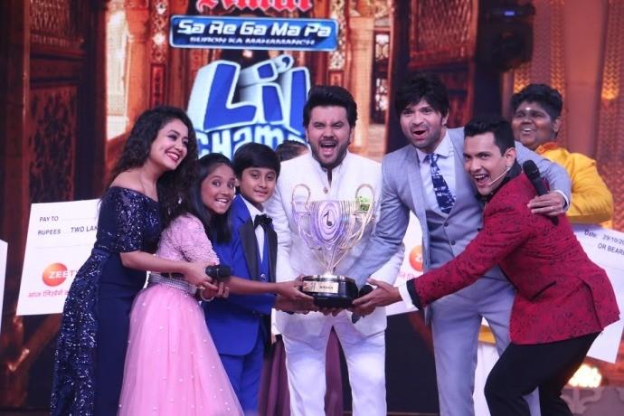 Shreyan Bhattacharya and Anjali Gaikwad emerge winners of Zee TV's Sa Re Ga Ma Pa Li'l Champs 2017