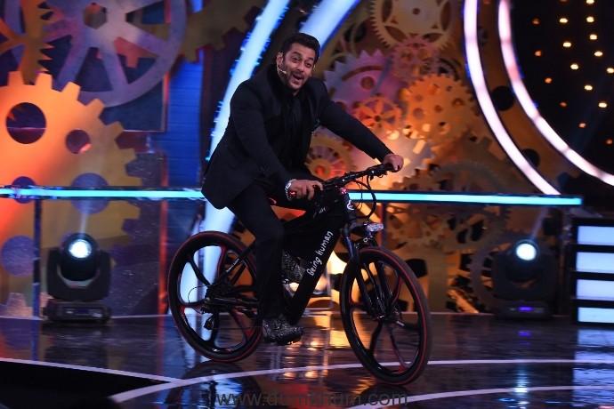Salman Khan as host of COLORS Bigg Boss (Mega Episode)