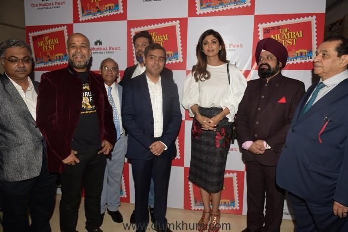 5. Shilpa Shetty Kundra with Team THE MUMBAI FEST