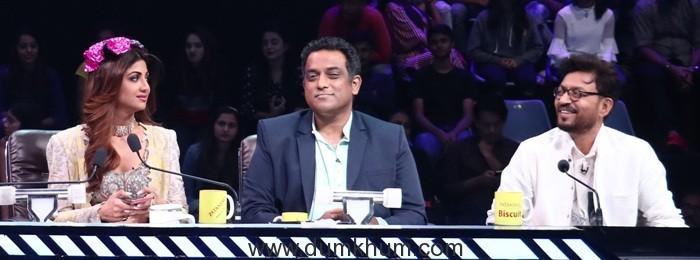 Anurag Basu and Irrfan khan laugh as Shilpa Shetty confesses