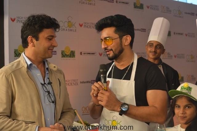 Chef Vikas Khanna with Manish Raishinghania