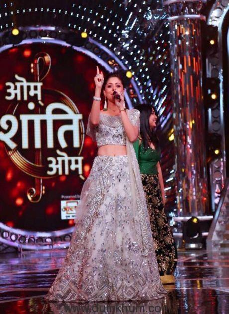 Kanika Kapoor in Om Shanti Om Finale (1)