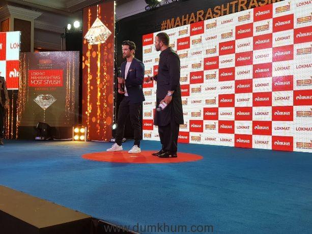 Sushant Singh Rajput wins Lokmat's Most Stylish Youth Icon