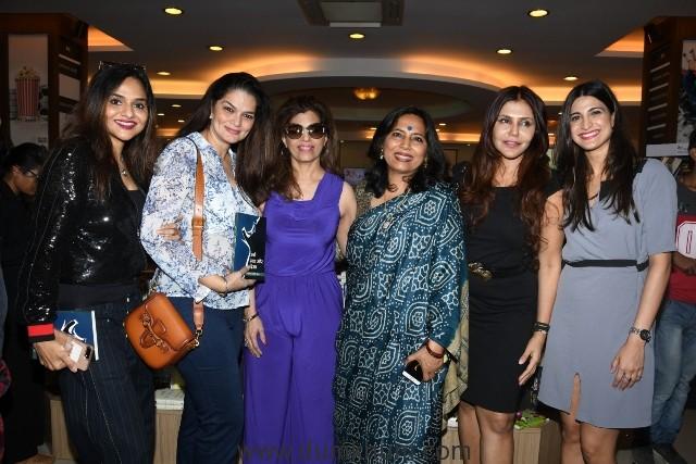 6. Madhu Shah, Bina Aziz, Abha Singh, Nisha Jamwal, Aahana Kumra during the book launch STREE DASHA AUR DISHA Writtren By ABHA SINGH