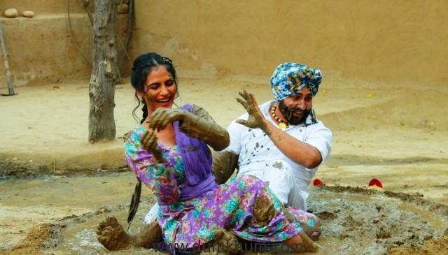 Aakanksha Sareen & Guruvar Cheema on the Set of film 'Dulla Vaily'