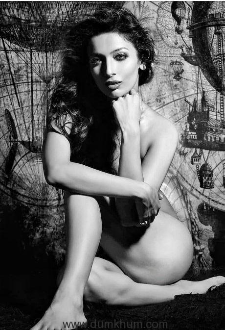 Heena Panchal Topless Pics
